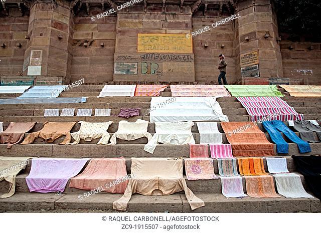 Clothes drying on the ghats  Varanasi, Benares, Uttar Pradesh, India