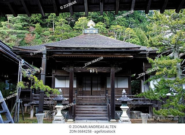Shojoshinin Tempel in Koya-san. Traditionell japanischer Tempel / Shojoshinin temple part of the monastic complex at Koya-san, Japan