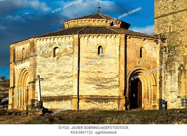 Iglesia románica de la Vera Cruz - Segovia - Castilla-León - España - Europa