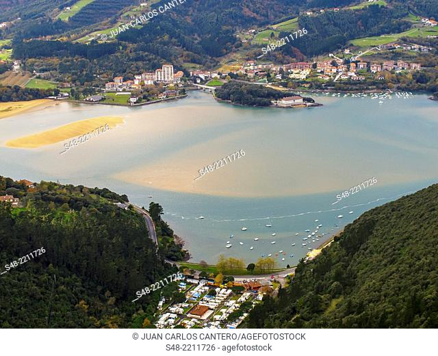 Mouth of Urdaibai river. Biosphere reserve. Mundaka. Basque Country. Vizcaya. Spain