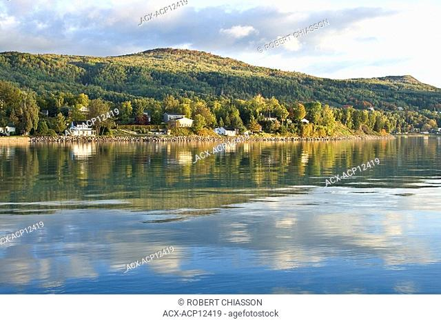 Coastal village bordering on the calm waters of the St. Lawrence River, Saint-Joseph-de-la-Rive, Charlevoix, Quebec, Canada