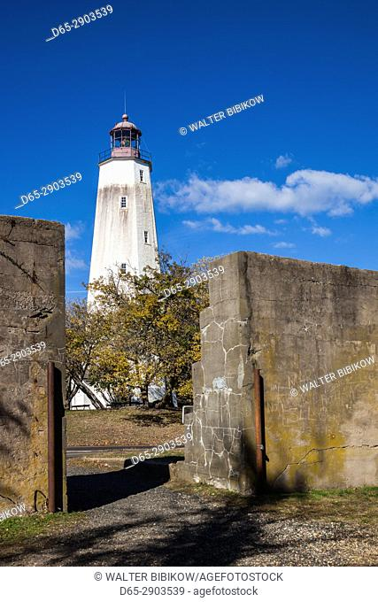 USA, New Jersey, Sandy Hook, Gateway National Recreation Area, Sandy Hook Lighthouse