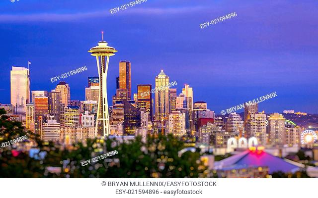 Seattle city skyline at dusk. Downtown Seattle cityscape with Space Needle