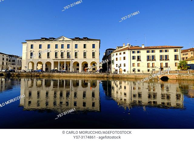 The University headquarters in Treviso, Riviera Garibaldi, Sile river, Treviso, Veneto, Italy, Europe