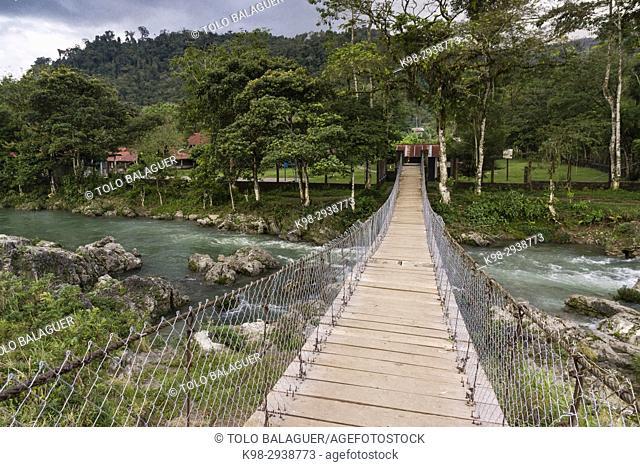 puente sobre el rio Cuatro Chorros, . Lancetillo, La Parroquia, zona Reyna, Quiche, Guatemala, Central America