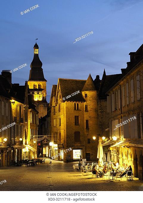 Place de la Liberte at night, Sarlat-la-Caneda, Dordogne Department, Nouvelle-Aquitaine, France