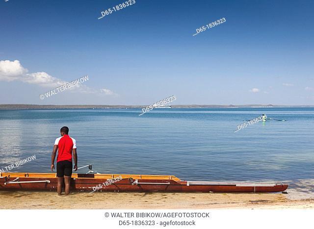 Cuba, Cienfuegos Province, Cienfuegos, Punta Gorda, rowing on Bahia de Ceinfuegos, NR