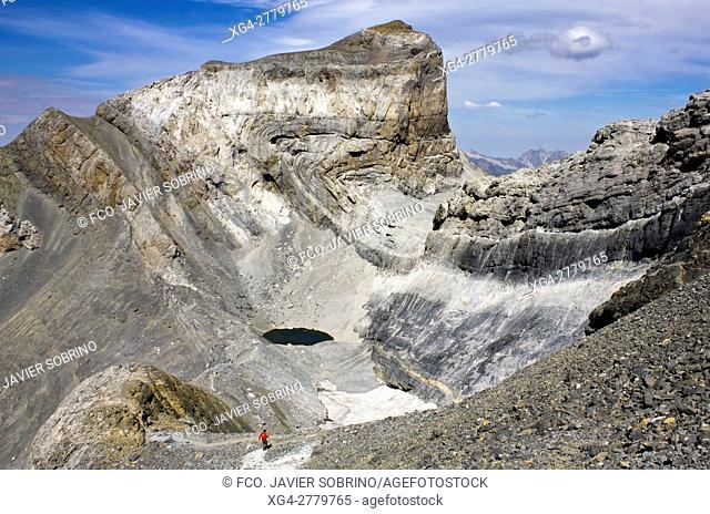 Walker next to Cilindro Peak - Tres Sorores - Monte Perdido Massif - Ordesa National Park and Monte Perdido - Torla - Ordesa Valley - Province of Huesca -...