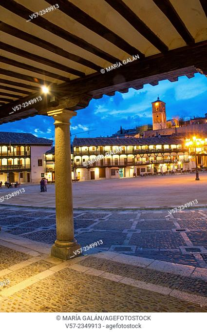 Main Square, night view. Chinchon, Madrid province, Spain
