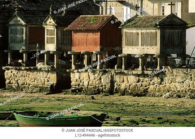 'Hórreos' (typical granaries) in Combarro. Pontevedra province, Galicia, Spain