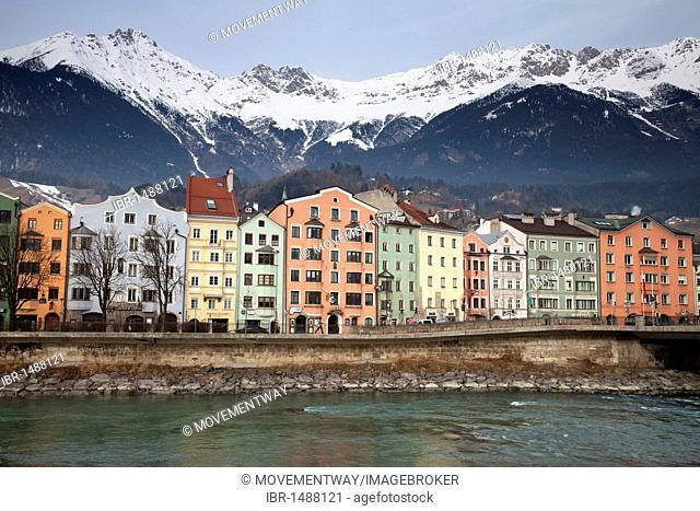 Mariahilf district on the riverside of Inn, Karwendel Mountains, provincial capital Innsbruck, Tyrol, Austria, Europe