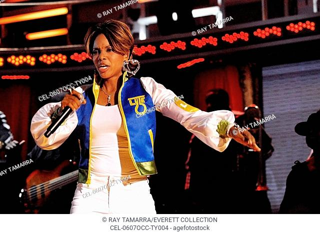 MC Lyte on stage for 3rd Annual VH1 Hip Hop Honors - SHOW, Hammerstein Ballroom, New York, NY, October 07, 2006. Photo by: Ray Tamarra/Everett Collection