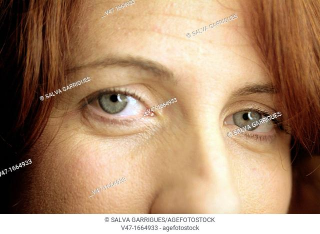redhead girl with gray eyes