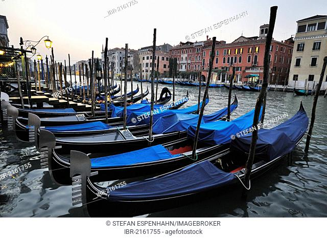 Gondolas on the Grand Canal, Canal Grande, Venice, Venezia, Veneto, Italy, Europe