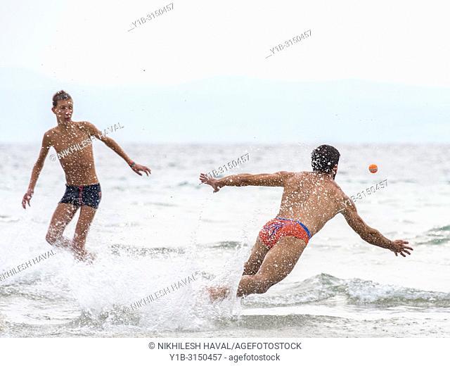 Picigin beach game, BaÄ. vice, Split, Croatia