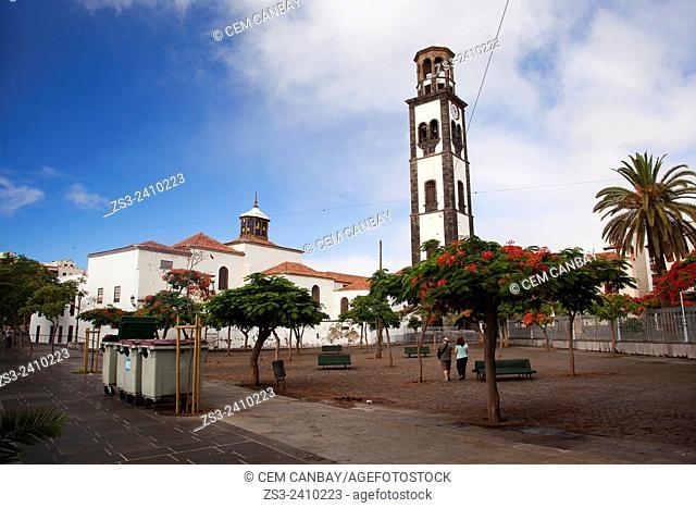 People walking in the street near the Concepcion Church, Santa Cruz de Tenerife, Tenerife, Canary Islands, Spain, Europe