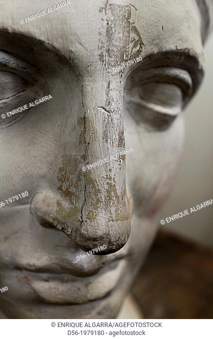 head sculpture in a school of art