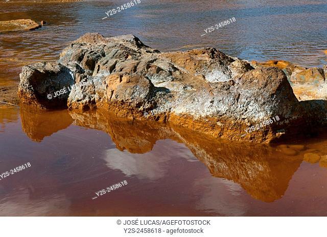 Rio Tinto pollution, Villarrasa, Huelva province, Region of Andalusia, Spain, Europe