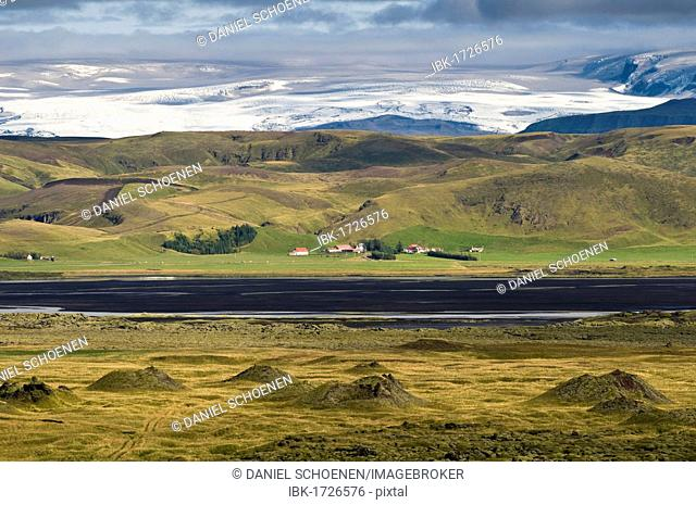 Landscape in the southwest of Iceland, in front of Vatnajoekull Glacier, Iceland, Scandinavia, Europe