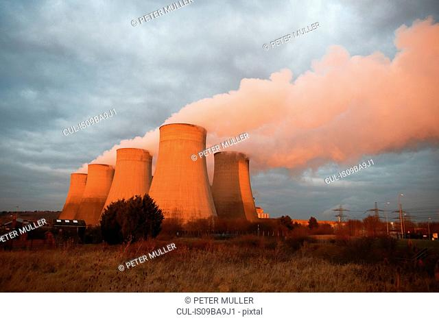 Cooling towers at power plant, Derby, United Kingdom, Europe