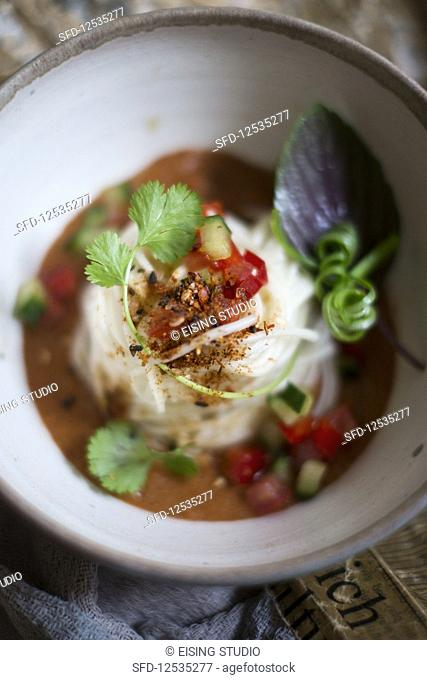 Spicy noodle salad (Asia)