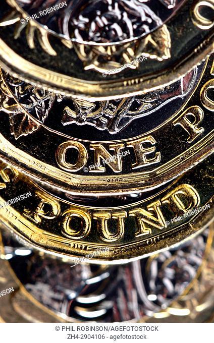 New (2017) bimetallic £1 coins