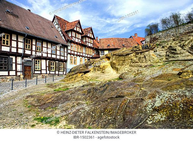 Rittergassse Alley at the foot of the Schlossberg Mountain, Quedlinburg, Saxony-Anhalt, Germany, Europe