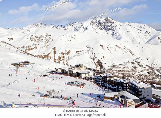 France, Hautes Pyrenees, St Lary, ski resort, the Plat d'Adet