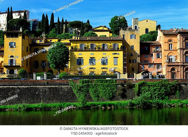 historic buildings and gardens along Arno river, Lungarno Torrigiani, Villa Bardini up on the hill, Florence, Tuscany, Italy, Europe