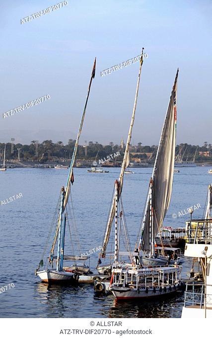 FELUCCAS & PASSENGER FERRIES; RIVER NILE, LUXOR, EGYPT; 14/01/2013