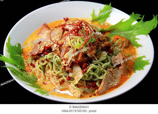 Cold dandan noodles