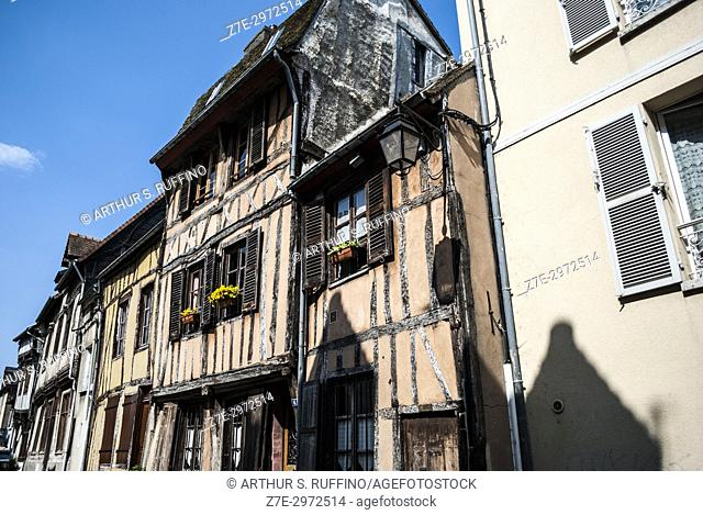 Vernon's half-timbered buildings. Vernon, town on the banks of the Seine River, Eure Department, Normandy, France, Europe