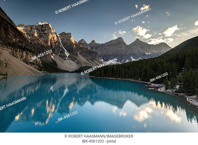 Moraine Lake, evening light, Valley of the ten peaks, Canadian Rocky Mountains, Banff National Park, Alberta, Canada