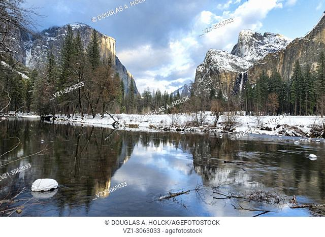 Valley View reflection of spring snow, Yosemite NP, USA