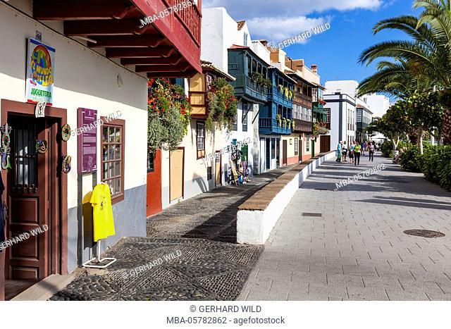 Row of houses at the Avenida Maritima, balcony houses, Santa Cruz de La Palma, La Palma, Canary Islands, Spain, Europe
