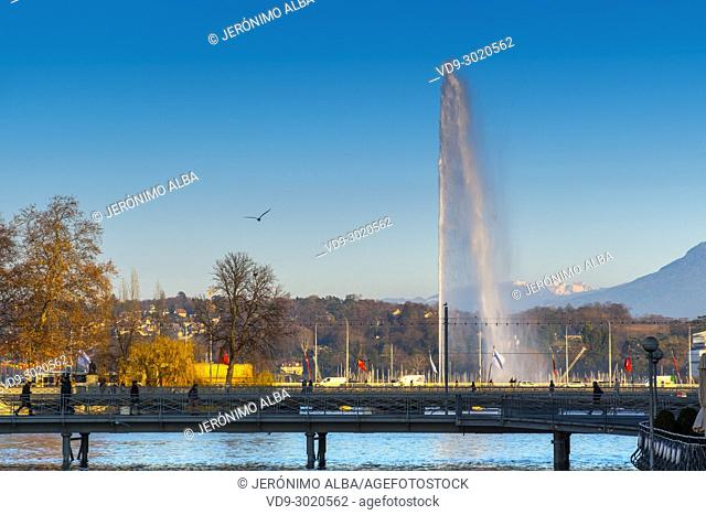 Famous fountain at Leman Lake called Jet d'Eau. Old town, historic center. Geneva. Switzerland, Europe