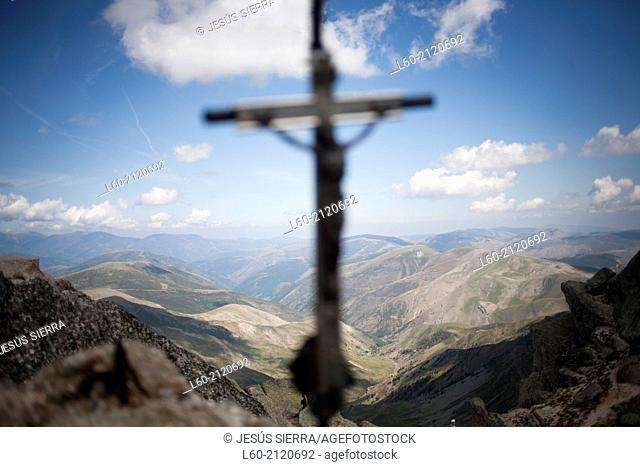 Cross in Pico de Urbión. Soria province, Castilla-León, Spain