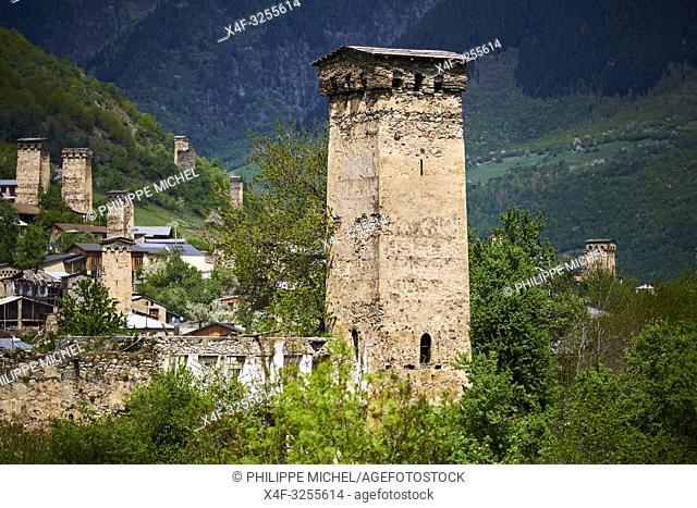 Georgie, Svanetie, la Haute Svanetie, Mestia, patrimoine mondial de l'UNESCO, tour maisons appelées Koki / Georgia, Svaneti, Mestia