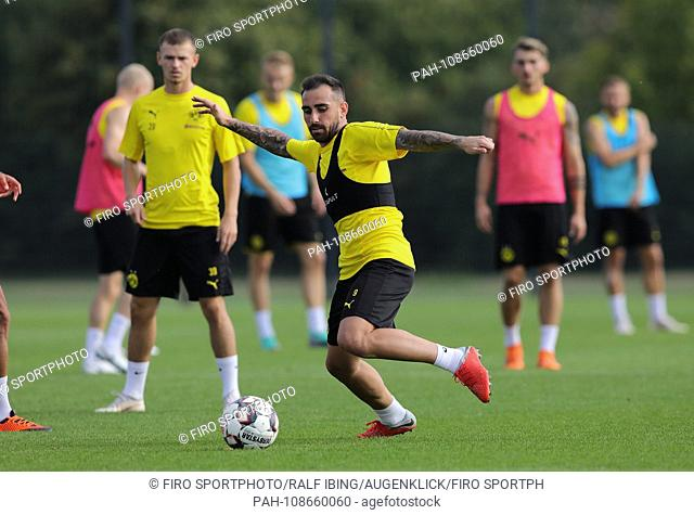 firo: 05.09.2018, football, 1.Bundesliga, season 2018/2019, BVB, Borussia Dortmund, training, newcomer Paco Alcácer   usage worldwide
