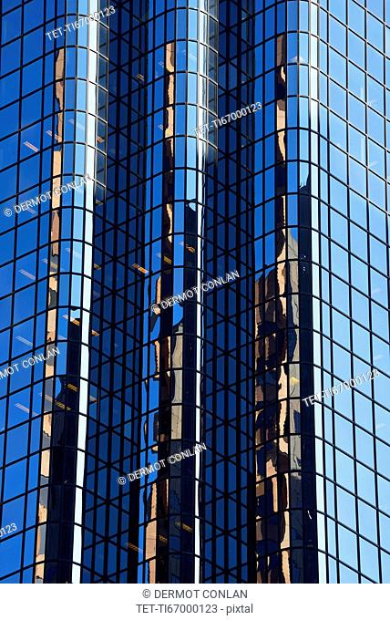Financial District, Reflections in glass building