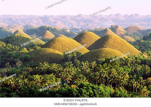 Philippines, Visayas Archipelago, Bohol Island, Chocolate Hills