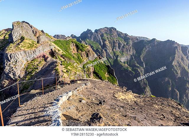 Hiking trail from Pico do Arieiro to Pico Ruivo, Madeira, Portugal