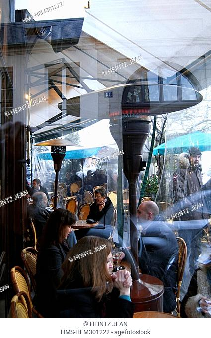France, Paris, cafe in the 6th Arrondissement