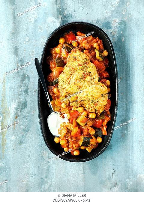 Paprika chicken breast, courgettes, chick peas, red peppers