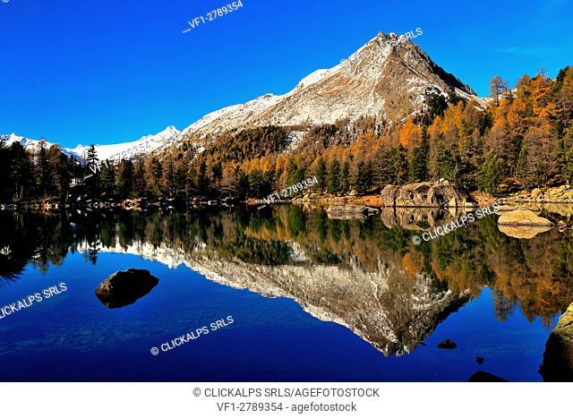 Lake Saoseo, Val di Campo, Canton Graubunden, Switzerland