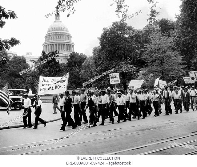 Bonus Army parade in Washington DC. Members of 'The Rank and File Group' march on July 15, 1932. CSU-ALPHA-1774 CSU Archives/Everett Collection