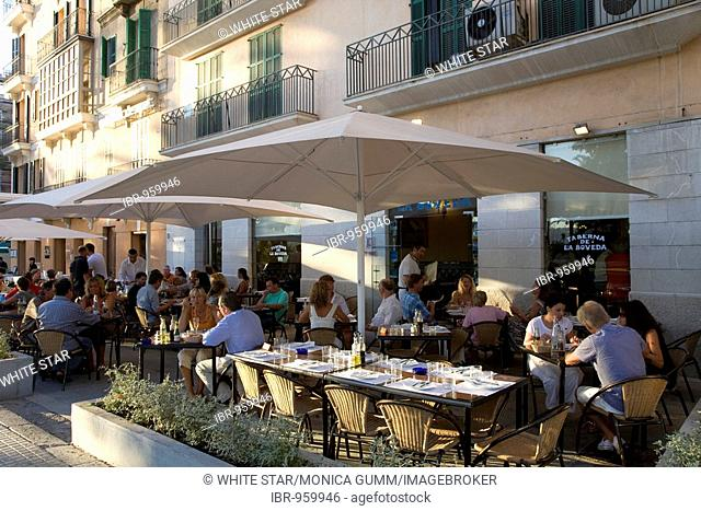 Taberna de la Boveda, restaurant and bar, terrace, Palma de Mallorca, Majorca, Balearic Islands, Spain, Europe