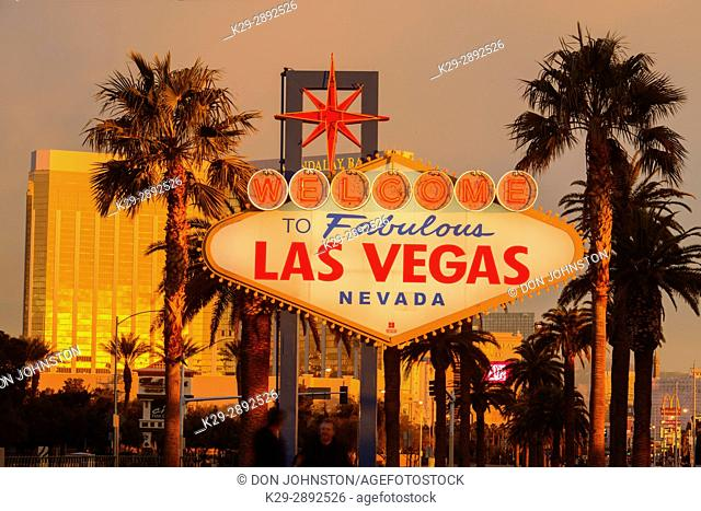 Las Vegas welcome sign on the Strip, Las Vegas, Nevada, USA