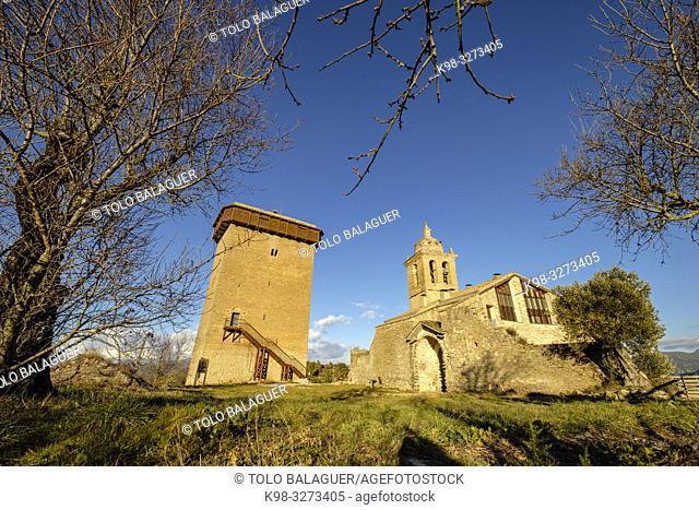 Castillo torreón del siglo XI y iglesia de la Asunción, Sobrarbe, Huesca, Aragón, cordillera de los Pirineos, Spain