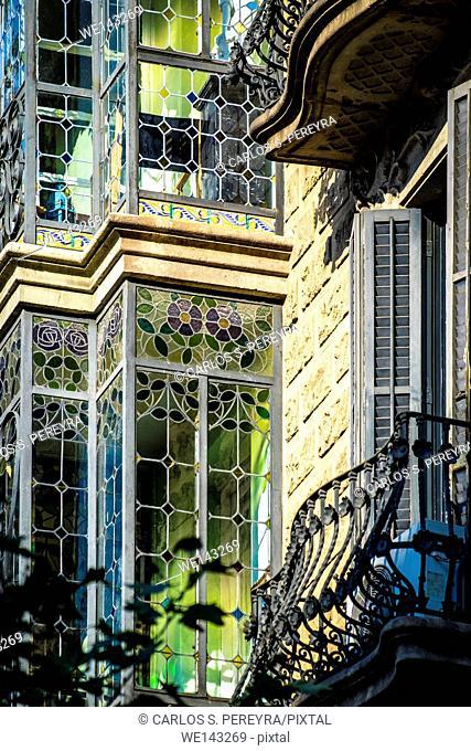 Casa Josefa Villanueva by Juli M. Fossas architect, modernism architecture in Eixample district in Barcelona, Catalonia, Spain